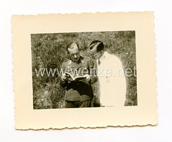 Luftwaffe Foto, Ritterkreuzträger Hauptmann Wittman und Oberleutnant Tietz