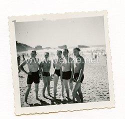 Wehrmacht Foto, Soldaten am Strand in Biarritz Frankreich