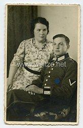 Wehrmacht Foto, Gefreiter der Infanterie mit Waffenrock