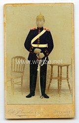 Preußen kleines Kabinettfoto eines Soldaten imFeldartillerie-Regiment General-Feldmarschall Graf Waldersee (Schleswigsches) Nr. 9,