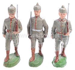 Elastolin - 1. Weltkrieg Preussen Offizier und 2 Soldaten mit Pickelhaube marschierend