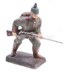 Lineol - 1. Weltkrieg Preussen Soldat mit Pickelhaube stürmend