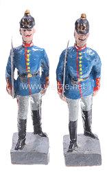 Lineol - 1. Weltkrieg Preußen 2 Offiziere mit Pickelhaube marschierend