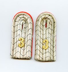 Preußen Paar Schulterstücke für einen Leutnantim Husaren-Regiment von Zieten (Brandenburgisches) Nr. 3