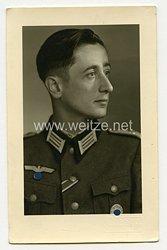 Wehrmacht Portraitfoto, Leutnant mit Verwundetenabzeichen in Silber