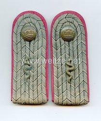 Preußen Paar Schulterstücke feldgrau für einen Veterinär