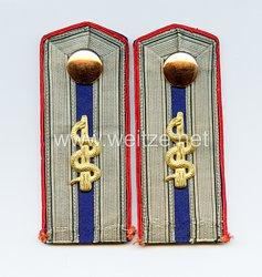 Preußen Paar Schulterstücke für einen Feldunterarzt