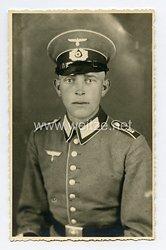 Wehrmacht Heer Portraitfoto, Soldat der Infanterie mit Waffenrock