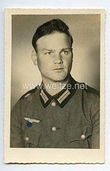 Wehrmacht Heer Portraitfoto, Soldat mit Feldbluse