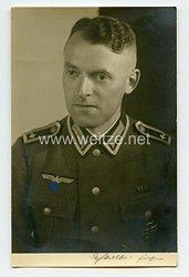 Wehrmacht Heer Portraitfoto, Feldwebel mit Eisernen Kreuz 1939 1. Klasse