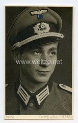 Wehrmacht Heer Portraitfoto, Leutnant mit Schirmmütze