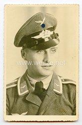 Luftwaffe Portraitfoto, Unteroffizier mit Schirmmütze