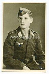 Luftwaffe Portraitfoto, Gefreiter mit Schiffchen