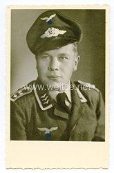 Luftwaffe Portraitfoto, Feldwebel mit Schirmmütze