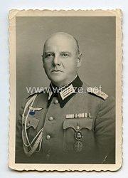 Wehrmacht Heer Foto, Hauptmann der Gebirgsjäger mitRegimentsabzeichen der k. u. k. Infanterie-Regiment Nr. 4 Hoch- und Deutschmeister 1914-1916