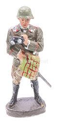 Elastolin - Heer Offizier stehend mit Fernglas und Karte