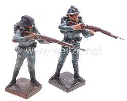 Lineol - Frankreich 2 Soldaten stehend schießend
