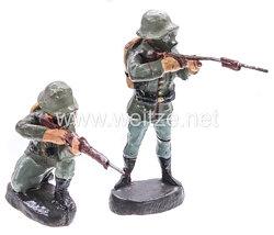 Elastolin - Heer 2 Soldaten mit Gasmaske und Tornister kniend und stehend schießend