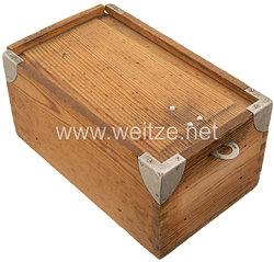 Kriegsmarine Holzkasten für den Kleiderspind