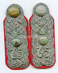 Preußen 1. Weltkrieg Paar Schulterstücke feldgrau für einen Major im Mansfelder Feldartillerie-Regiment Nr. 75