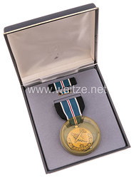 USA -Berlin Airlift Humane Action Medal  in Case with Lapel Pin and Ribbon Bar