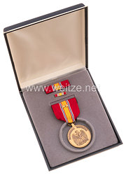 USA - National Defense Medal in Case with Lapel Pin and Ribbon Bar