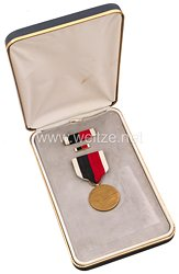 USA - Japan Occupation Medal in Case with Lapel Pin and Ribbon Bar