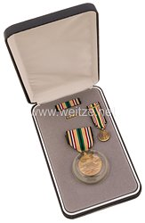USA - South West Asia Service Medal in Case with Minature, Lapel Pin and Ribbon Bar