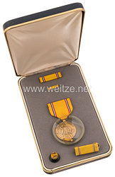 USA - Americain Defense Service Medal in Case with Lapel Pins and Ribbon Bars