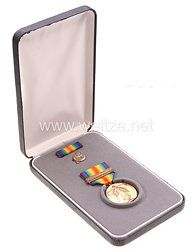 USA - World War 1 Victory Medal in Case with Lapel Pin and Ribbon Bar ( Transportation/ Defensiv Sector )