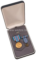 USA - American Campaign Medal with Minature, Lapel Pin and Ribbon Bar