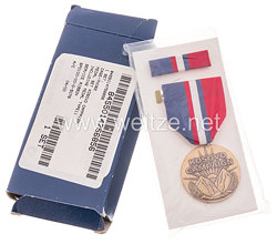 USA - Kosovo Campaign Medal in Case with Ribbon Bar