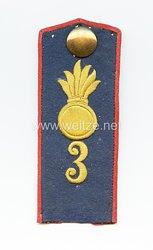 Preußen Einzel Schulterklappe für den Mantel für Mannschaften im Feldartillerie-Regiment General Feldzeugmeister (1. Brandenburgisches) Nr. 3