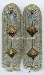 Wehrmacht Heer Paar Schulterstücke für einen Hauptmann der Infanterie