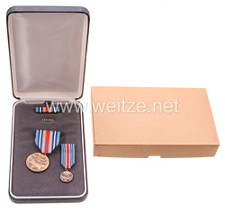 USA - War on Terrosim Service Medal in Case with Miniature, Lappel Pin and Ribbon Bar