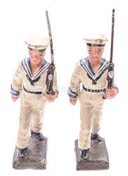 Lineol - Kriegsmarine 2 Matrosen in weißer Uniform marschierend