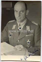 Luftwaffe - Originalunterschrift von Ritterkreuzträger Generalmajor Walther v. Axthelm