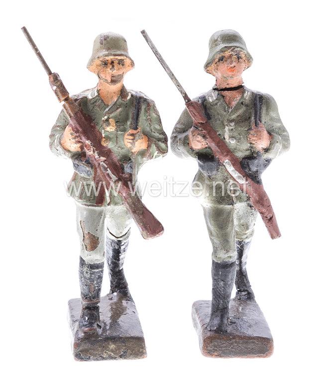 Lineol - Heer 2 Soldaten im Vormarsch
