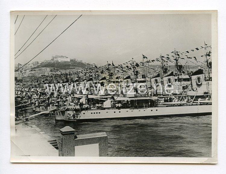 III. Reich Pressefoto. Zu Flottenparade in Neapel. 5.5.1938.