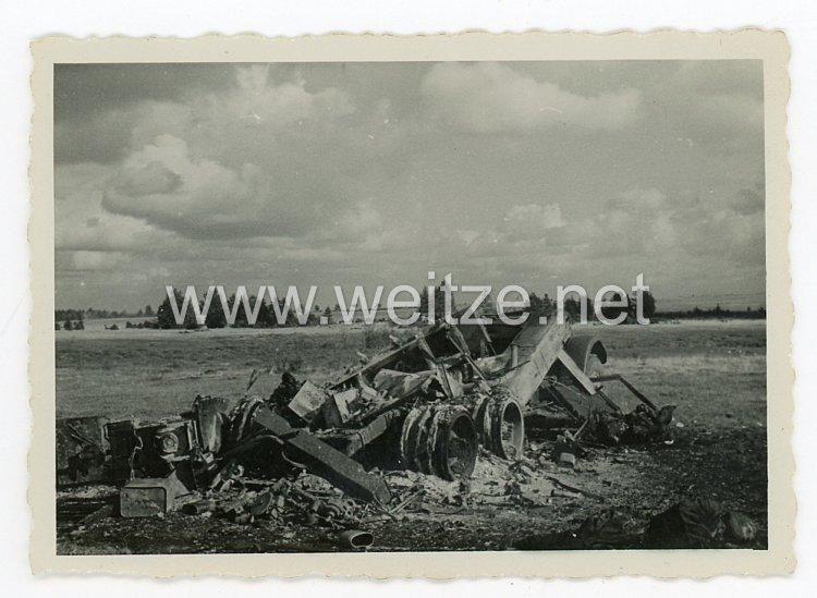 Wehrmacht Heer Foto, zerstörter Panzer