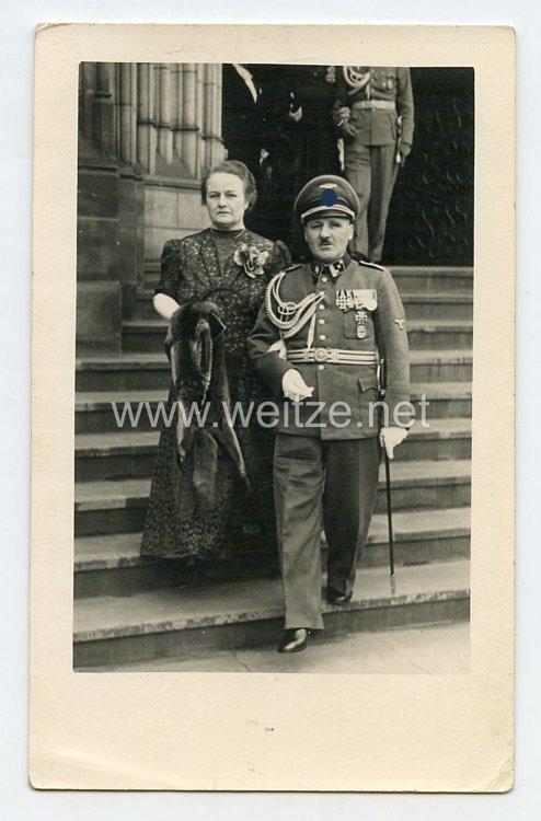 Waffen-SS Foto,SS-Hauptsturmführer mit seiner Frau