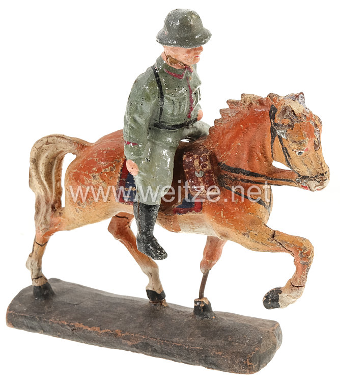 Elastolin - Heer Soldat auf Schrittpferd
