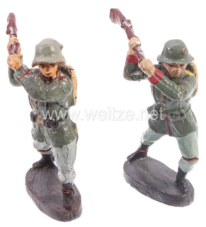 """Elastolin - Heer 2 Soldaten mit Gewehr zuschlagend """" Kolbenschläger """""""
