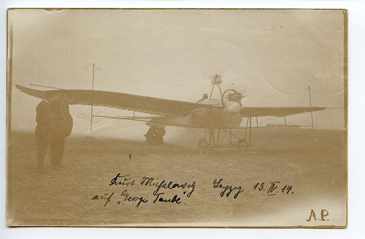 Fliegerei 1. Weltkrieg - frühes original Foto eines frühen Flugzeugs mit Originalunterschrift eines Flugpioniers