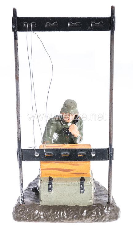 Lineol - Heer Soldat mit Fernsprechvermittlung und Rahmenantenne