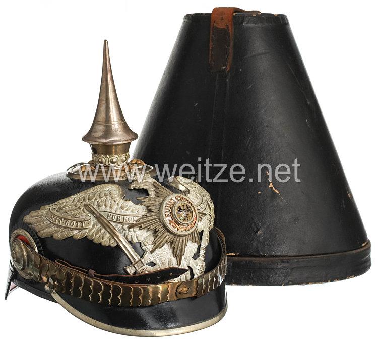 Preußen Pickelhaube für einen Offizier im Garde-Pionier-Bataillon, bzw. Garde-Füsilier-Regiment