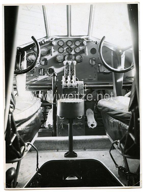 Königreich Italien Pressefoto: Cockpit vom Bomber S. 71