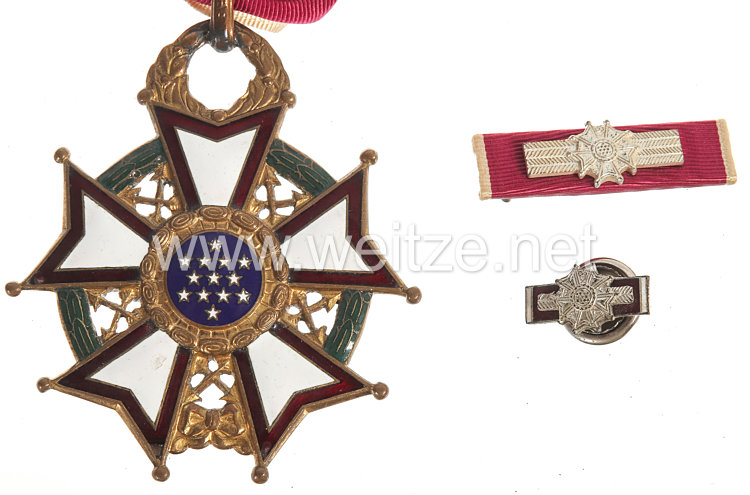 USA World War 2: US Legion Of Merit Merit Medal 3rd Class Bild 2