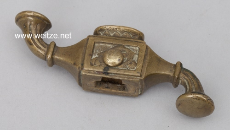 Osmanisches Reich Parierstück für einen Marine Offiziersdolch .