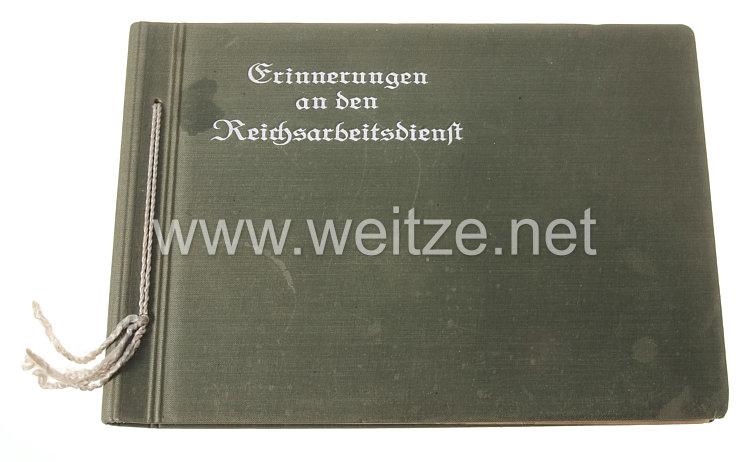 Reichsarbeitsdienst (RAD) Fotoalbum, Angehöriger einer RAD-Fliegerstaffel in Nantes
